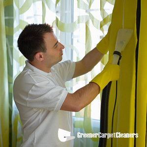 Steam-cleaning Hanging Curtains